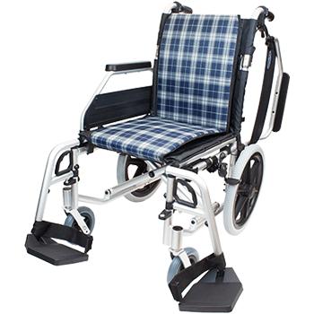 介助式車椅子 コンフォートプレミアム CAH-62SU 正面(肘跳ね上げ・脚部開閉)