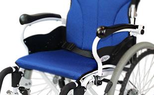 自走式車椅子コンフォート CAH-50SU 軽量アルミフレーム