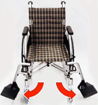 車椅子左右のフットサポートが開いた状態