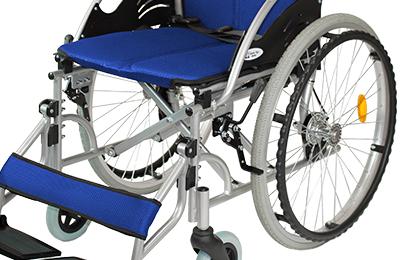 車椅子の金属部分